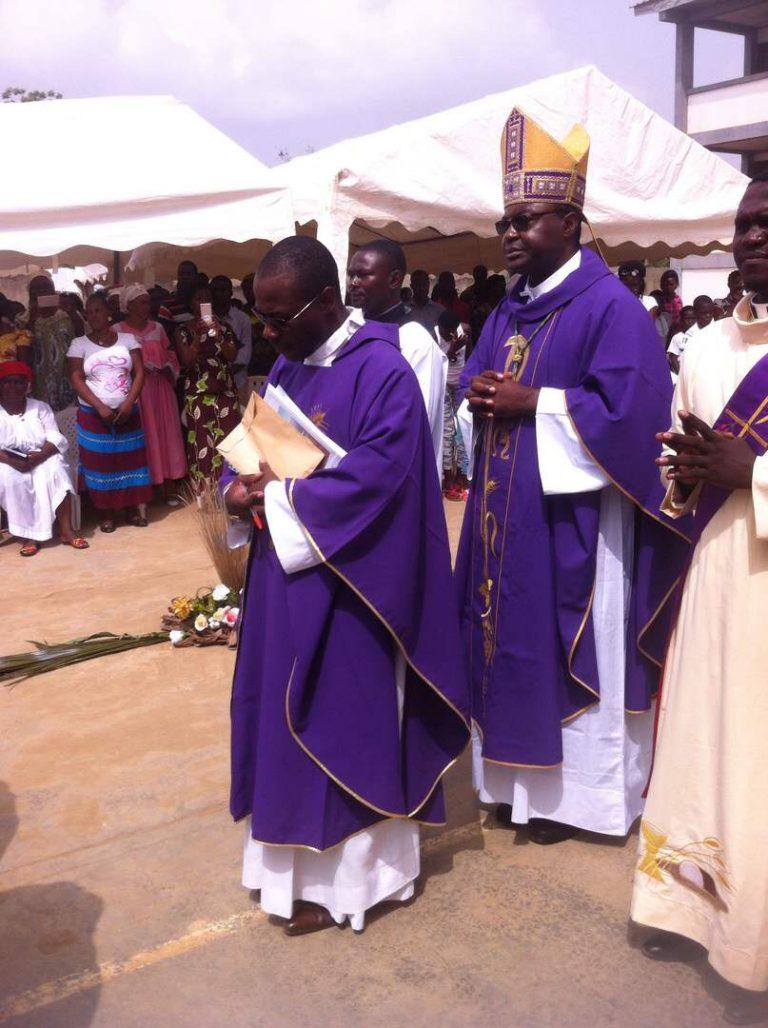 Religion : Mgr Jean Marie Benoît Bala remercié par les chrétiens de saint Benoît de Bafia.