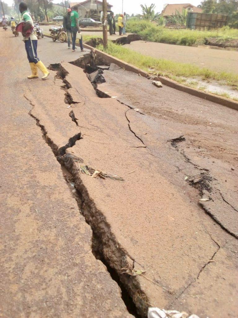 BAFOUSSAM: LES ROUTES DE LA HONTE!